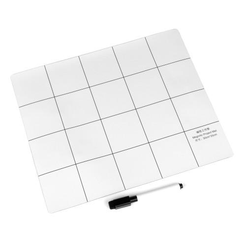 Коврик магнитный 250x300 мм для ремонтных работ и записей маркером с разметкой, цвет белый